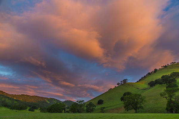 Clouds Above Round Valley At Sunrise Poster