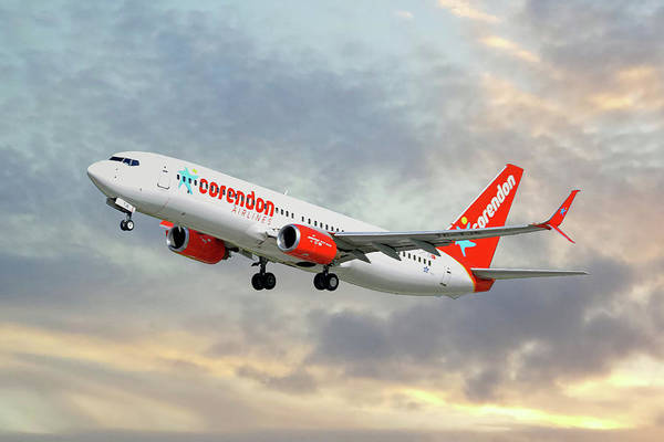 Corendon Airlines Boeing 737-81b Poster
