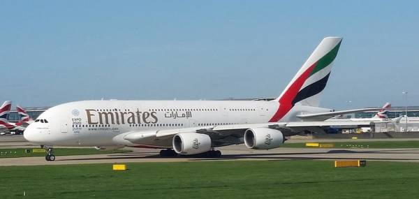 Emirates Airline Airbus A380-800 Poster