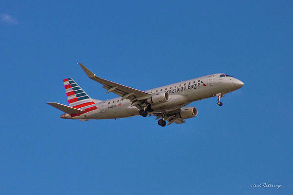 Flying In American Eagle Embraer 175 N426yx Poster