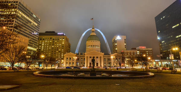 Kiener Plaza And The Gateway Arch Poster
