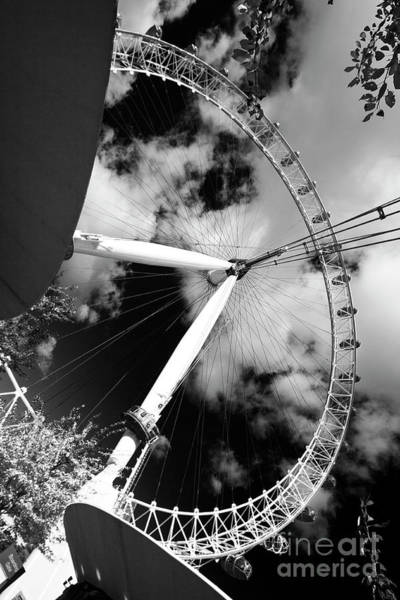 London Ferris Wheel Bw Poster