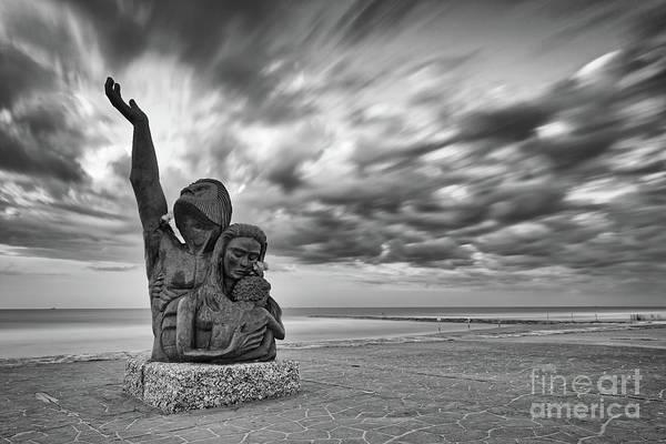 Long Exposure Of The 1900 Hurricane Storm Memorial At The Galveston Seawall - Texas Gulf Coast Poster