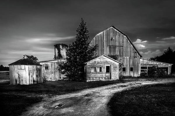 Ohio Barn At Sunrise Poster