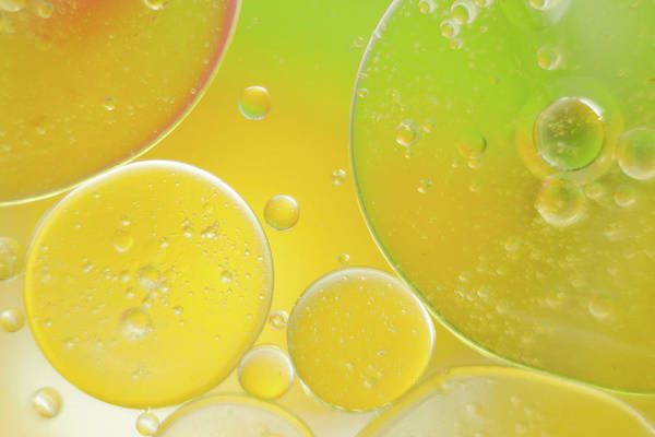 Oil And Water Bubbles  Poster