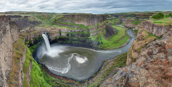 Palouse Falls In The Spring Poster
