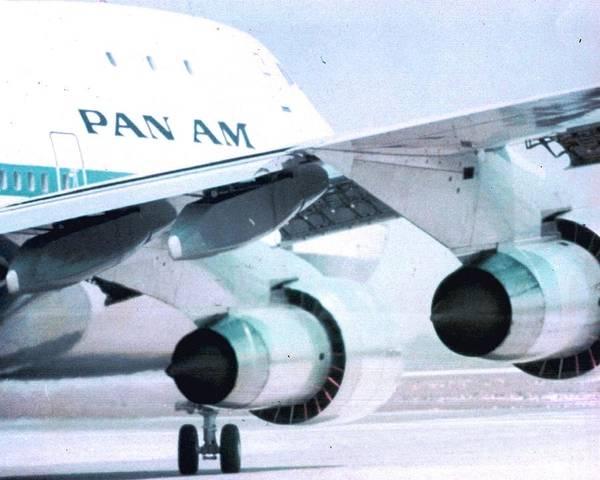 Pan Am 747 At Los Angeles International Airport Poster