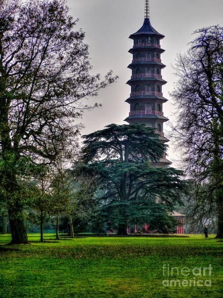 Pergoda Kew Gardens Poster