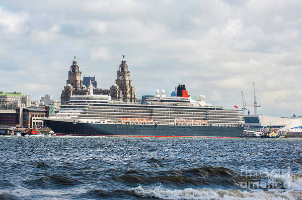 Queen Elizabeth Cruise Ship At Liverpool Poster
