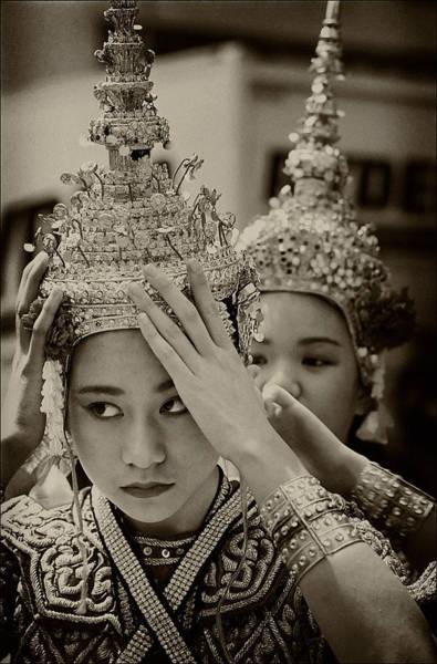 Thai Dancers Preparing Poster