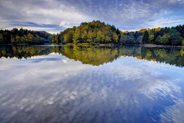 Trakoscan Lake In Autumn Poster