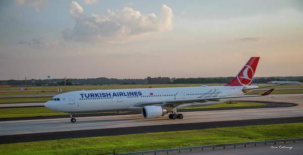 Turkish Airlines Jet Tc Lng Atlanta International Airport Art  Poster