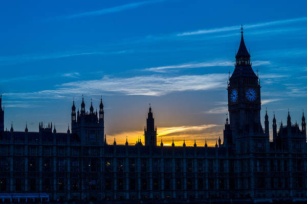 Westminster Parlament In London Golden Hour Poster