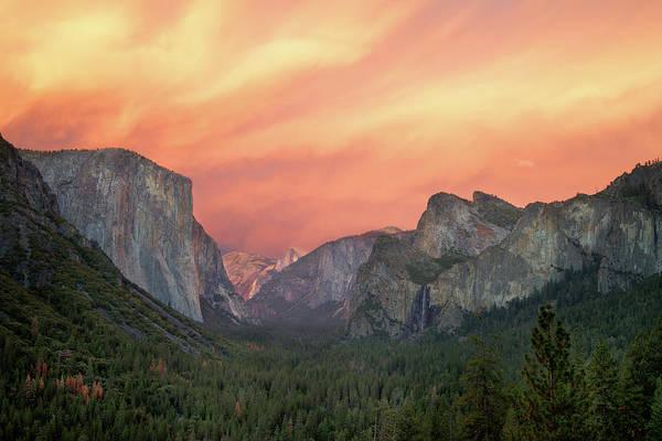 Yosemite - Red Valley Poster