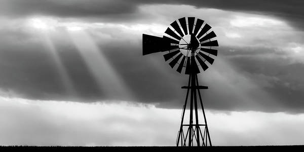 Bw Windmill And Crepuscular Rays -01 Poster