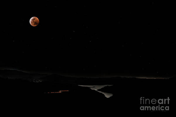Super Blood Wolf Moon Eclipse Over Lake Casitas At Ventura County, California Poster