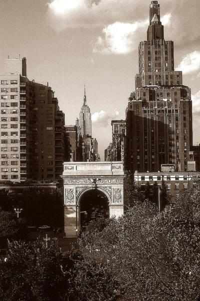 Washington Arch And New York University - Vintage Photo Art Poster
