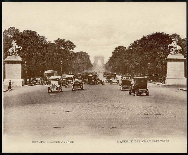 Wall Art - Photograph -  Champs Elysees Looking Towards The Arc by Mary Evans Picture Library
