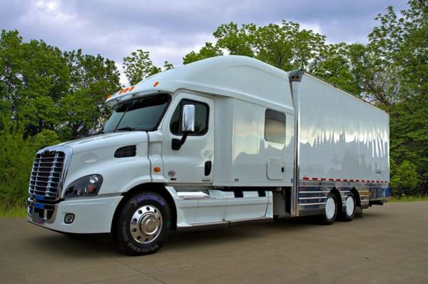 Photograph -  Freightliner Cascadia 40 Foot Straight Truck by Tim McCullough