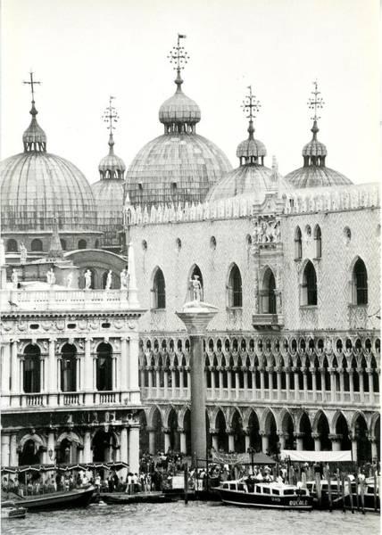 Mark Coleman Wall Art - Photograph -  The Domes Of Saint Mark's Basilica by David Coleman