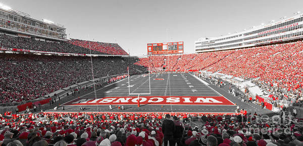 Colleges Photograph - 0095 Badger Football  by Steve Sturgill