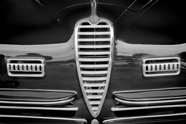 Photograph - 1949 Alfa-romeo 6c 2500 Ss Pininfarina Cabriolet Grille by Jill Reger