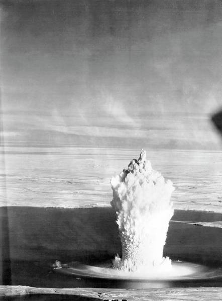 Nuclear Bomb Wall Art - Photograph - 1950s Soviet Nuclear Torpedo Test At Novaya Zemlya by Science Photo Library