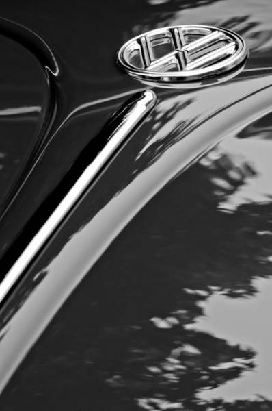 Photograph - 1952 Volkswagen Vw Bug Hood Emblem by Jill Reger