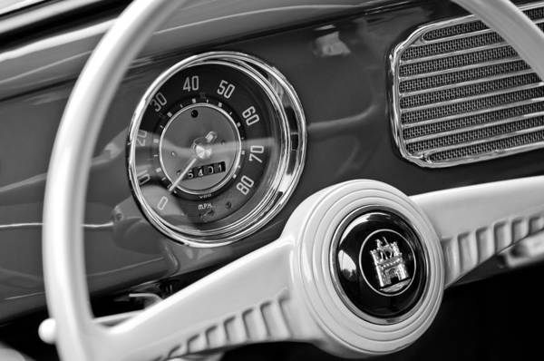 Volkswagen Photograph - 1952 Volkswagen Vw Steering Wheel Emblem by Jill Reger