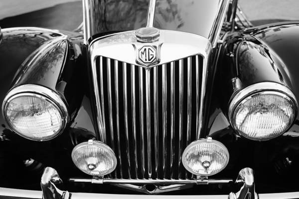 Grilles Photograph - 1954 Mg Tf Grille Emblem by Jill Reger