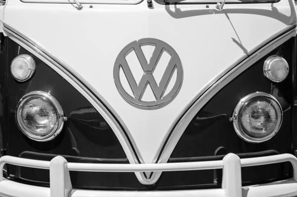 Volkswagen Photograph - 1966 Volkswagen Vw 21 Window Microbus Emblem by Jill Reger