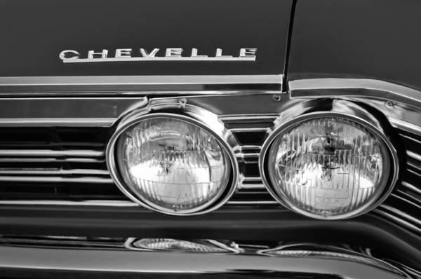 Chevy Chevelle Wall Art - Photograph - 1967 Chevrolet Chevelle Super Sport Emblem by Jill Reger