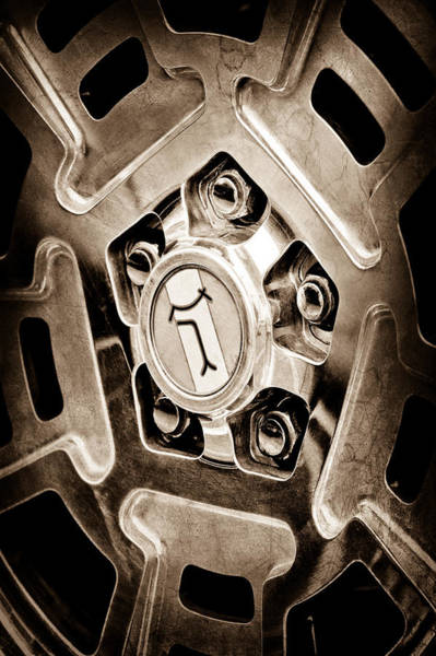 1972 Detomaso Pantera Wheel Emblem Art Print