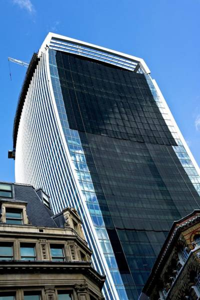 The Crane Photograph - 20 Fenchurch Street Skyscraper by Carlos Dominguez/science Photo Library
