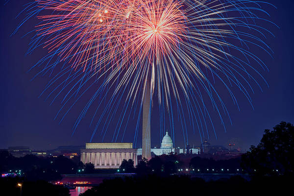 Photograph - 4th Of July Fireworks by Mark Whitt