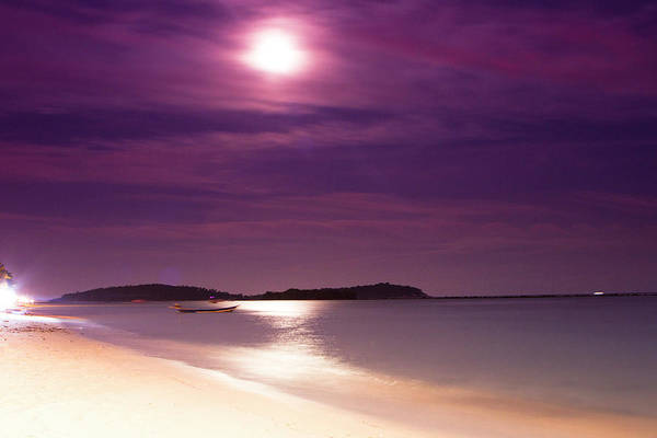 Chewing Wall Art - Photograph - A Full Moon Sunset On Ko Samui, Thailand by Micah Wright