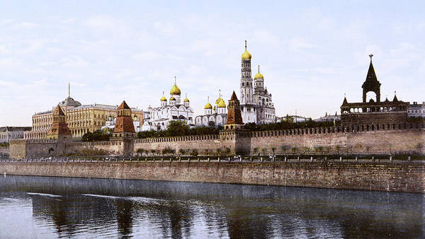 Wall Art - Photograph - A View Of The Kremlin Taken by Mary Evans Picture Library