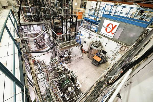 Alpha Particle Photograph - Alpha Experiment At Cern by Cern/science Photo Library