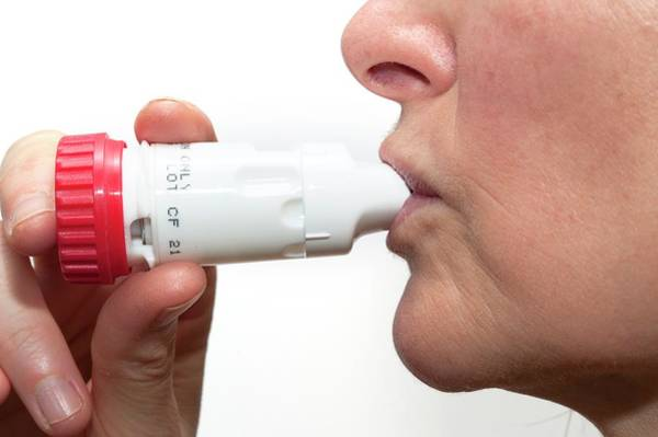 Patient Photograph - Asthma Turbohaler In Use by Dr P. Marazzi/science Photo Library