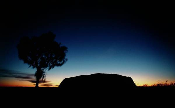 Wall Art - Photograph - Ayers Rock by Peter Menzel/science Photo Library