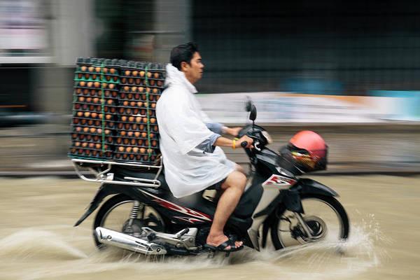 Real People Photograph - Bangkok, Thailand by Gavin Gough