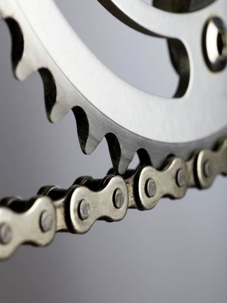 Crank Photograph - Bicycle Chain And Crank by Science Photo Library