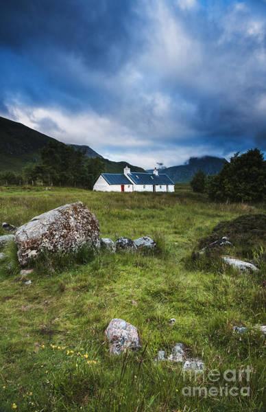 Photograph - Black Rock Cottage by David Lichtneker