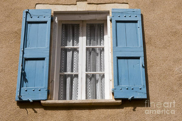 Lourmarin Photograph - Blue And White by Bob Phillips