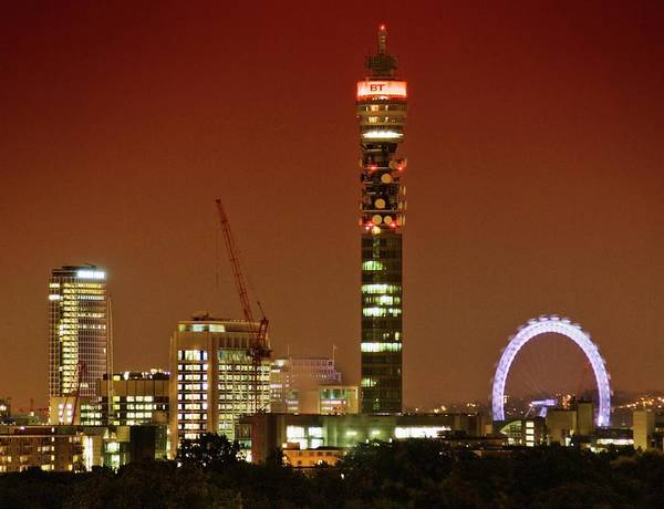North London Wall Art - Photograph - Bt Tower And The London Eye by Gustoimages/science Photo Library