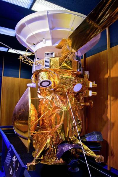 Jet Propulsion Laboratory Photograph - Cassini-huygens Spacecraft Model by Mark Williamson/science Photo Library