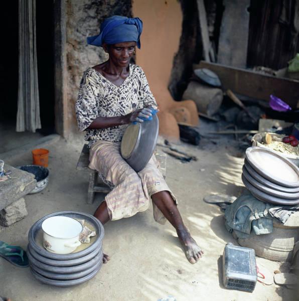 Ghana Wall Art - Photograph - Ceramic Pottery by Mark De Fraeye/science Photo Library