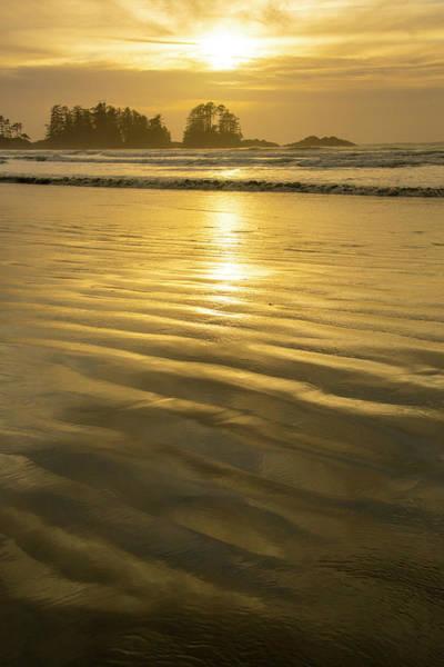 Tofino Wall Art - Photograph - Chesterman Beach, Tofino, Vancouver by Douglas Peebles