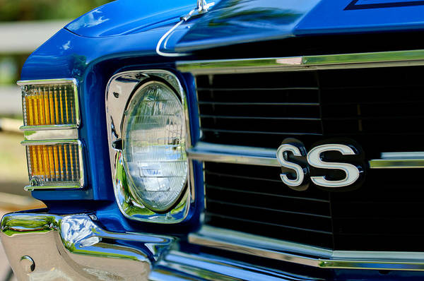 Photograph - Chevrolet Chevelle Ss Grille Emblem by Jill Reger