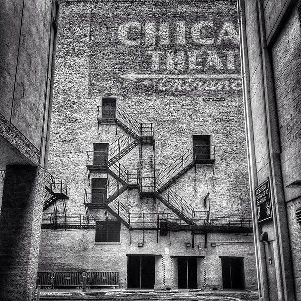Building Wall Art - Photograph - Chicago Theatre Alley Entrance Photo by Paul Velgos